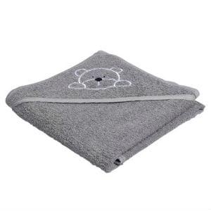 Brug en blødt håndklæde til at holde babyen varm